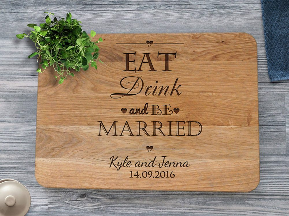 "Разделочная доска ""Eat, drink, be married"""