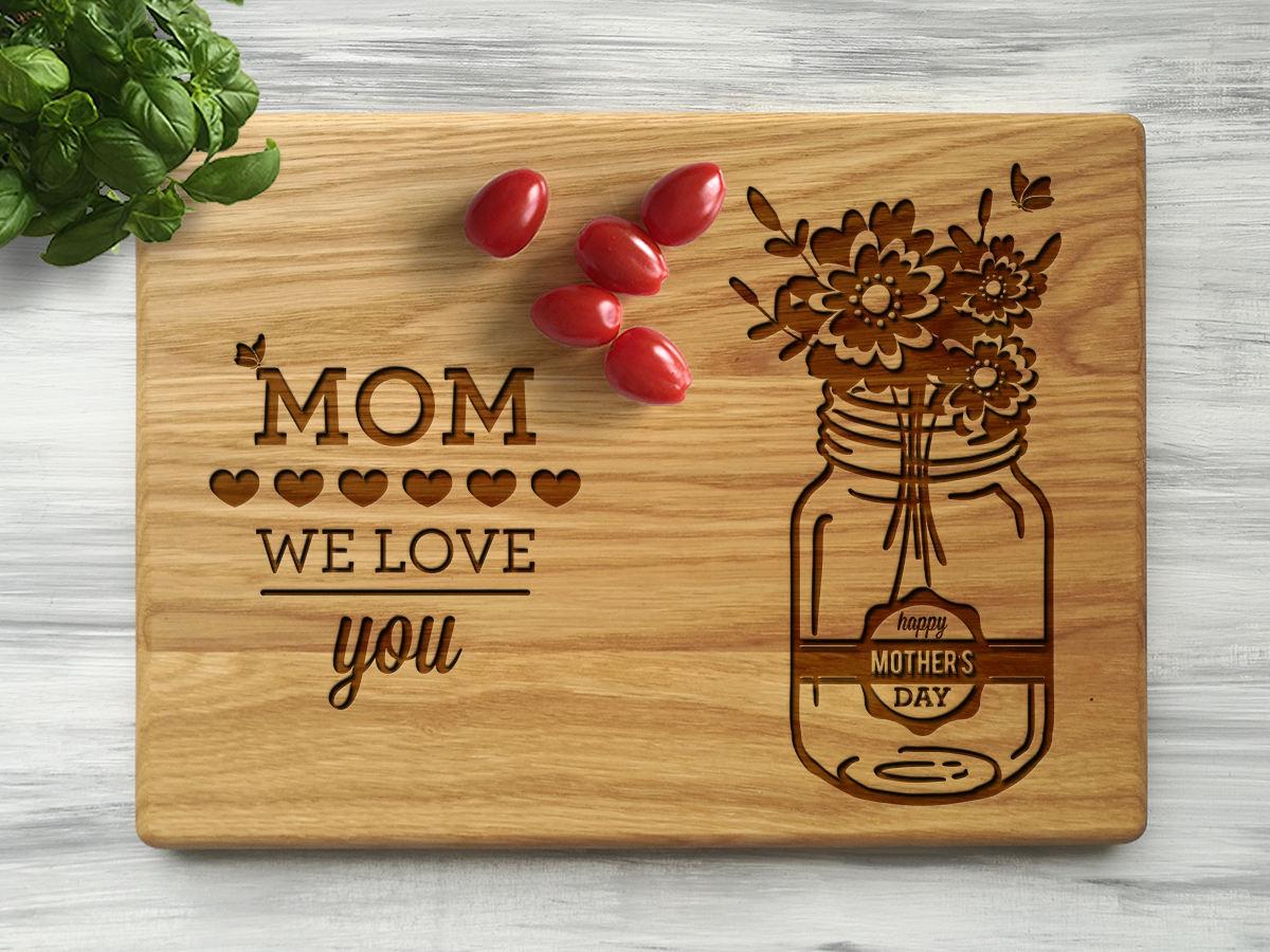 Кухонная доска «Mom we love you»