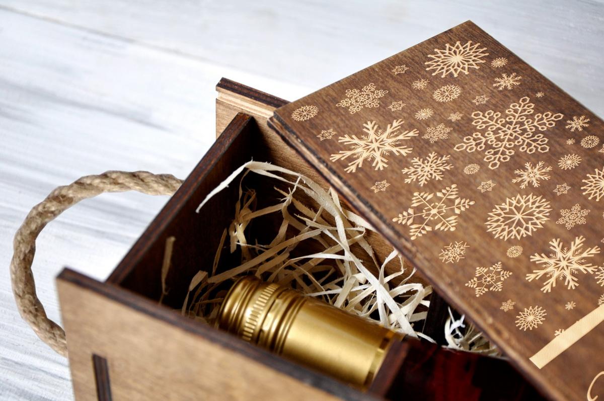 """Коробка для вина """"Подарок"""""""