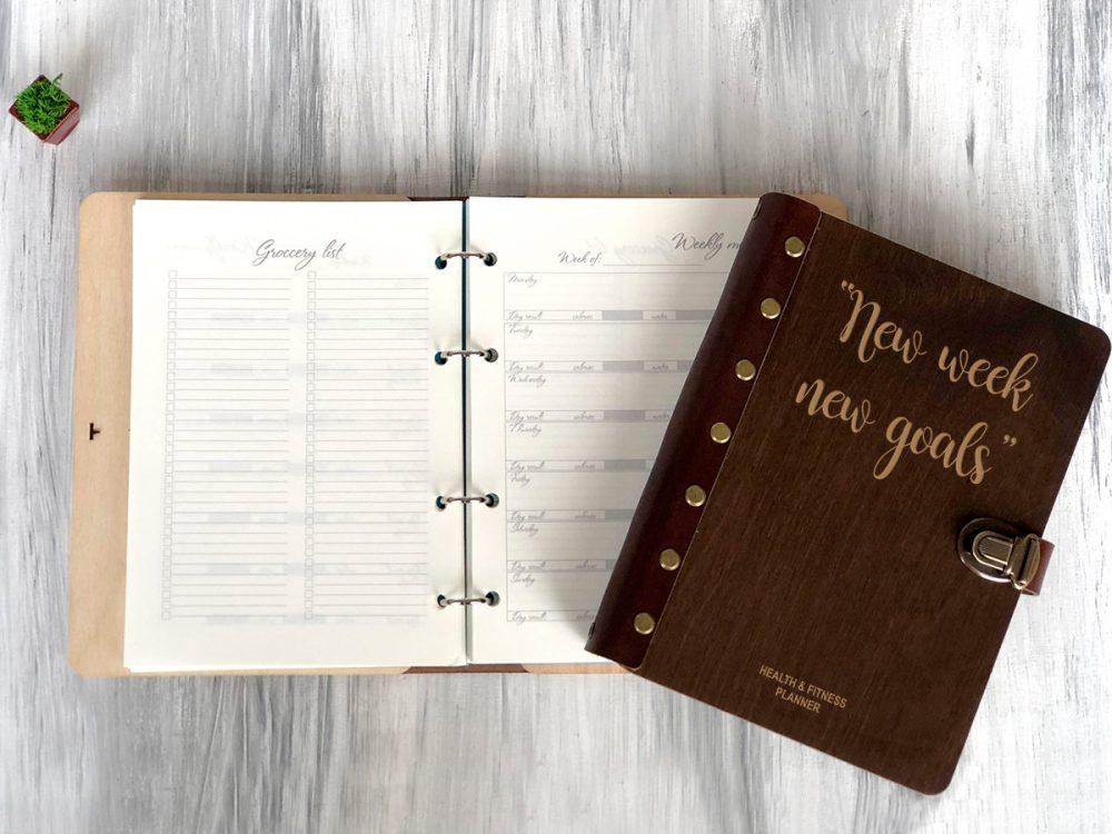 Планер ежедневник «Ваши цели» в обложке из дерева