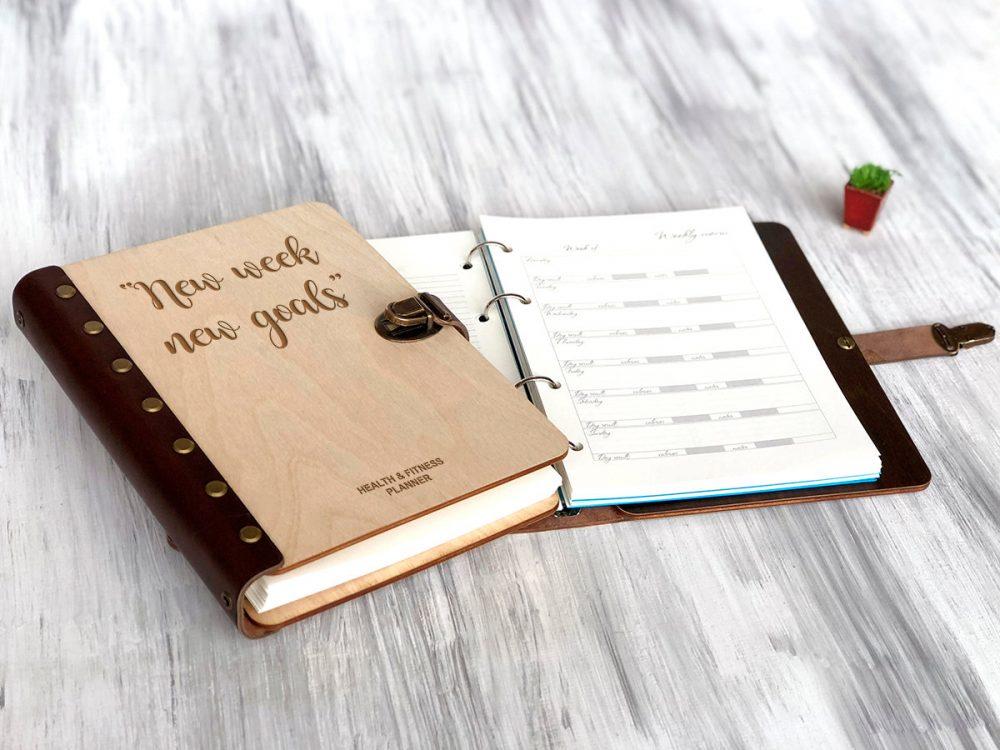 """Планер ежедневник """"Ваши цели"""" в обложке из дерева"""