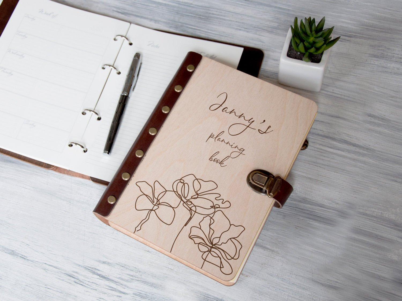 Блокнот-планер «Цветочек» в деревянной обложке
