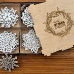 Набор снежинок из дерева с вашим логотипом