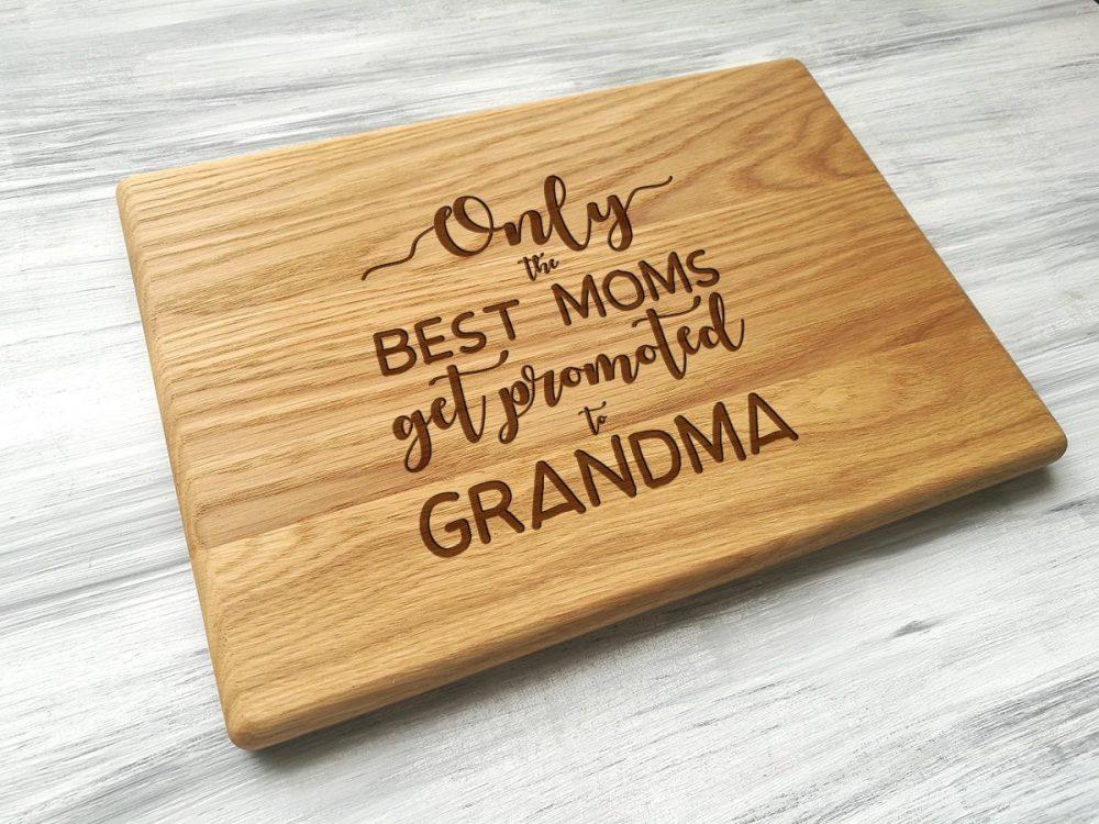 Деревянная доска для с гравировкой для мамы или бабушки