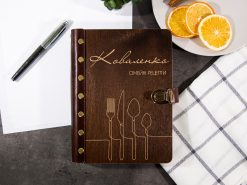 Книга рецептов в деревянной обложке с персонализированной гравировкой «Столовые приборы»