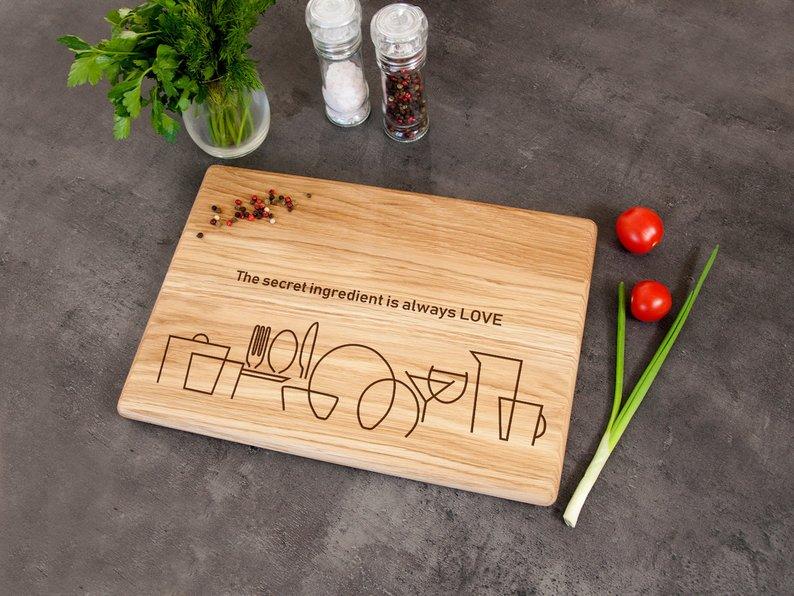 Разделочная доска для кухни из натурального дерева «Secret Ingredient»
