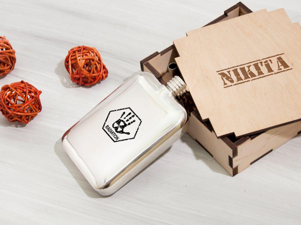 """Персонализированная фляга """"Radioactive"""" с лазерной гравировкой в подарок, корпоративный подарок"""
