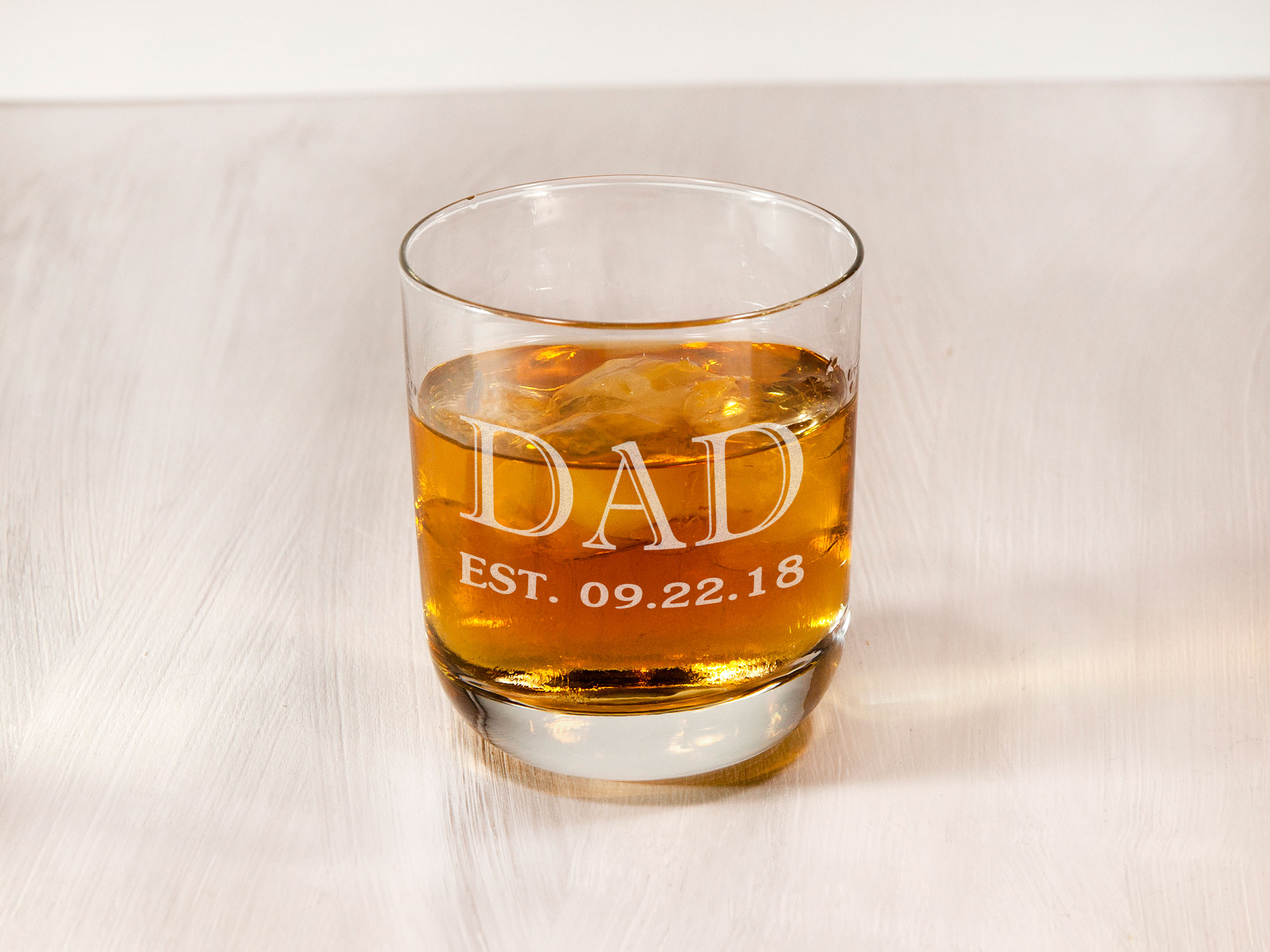 Стильный стакан для виски в деревянной коробке на подарок папе