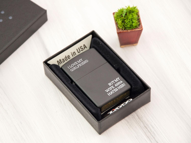 Оригинальная черная бензиновая зажигалка Zippo на подарок близкому человеку
