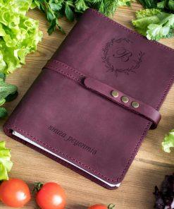 Кожанная книга для рецептов с именной гравировкой монограммы