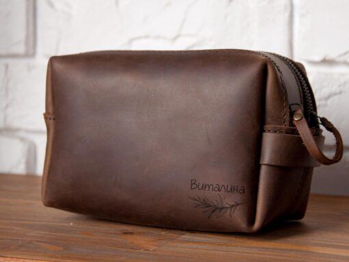 Женская сумочка с двумя молниями для туалетных принадлежностей с именной гравировкой